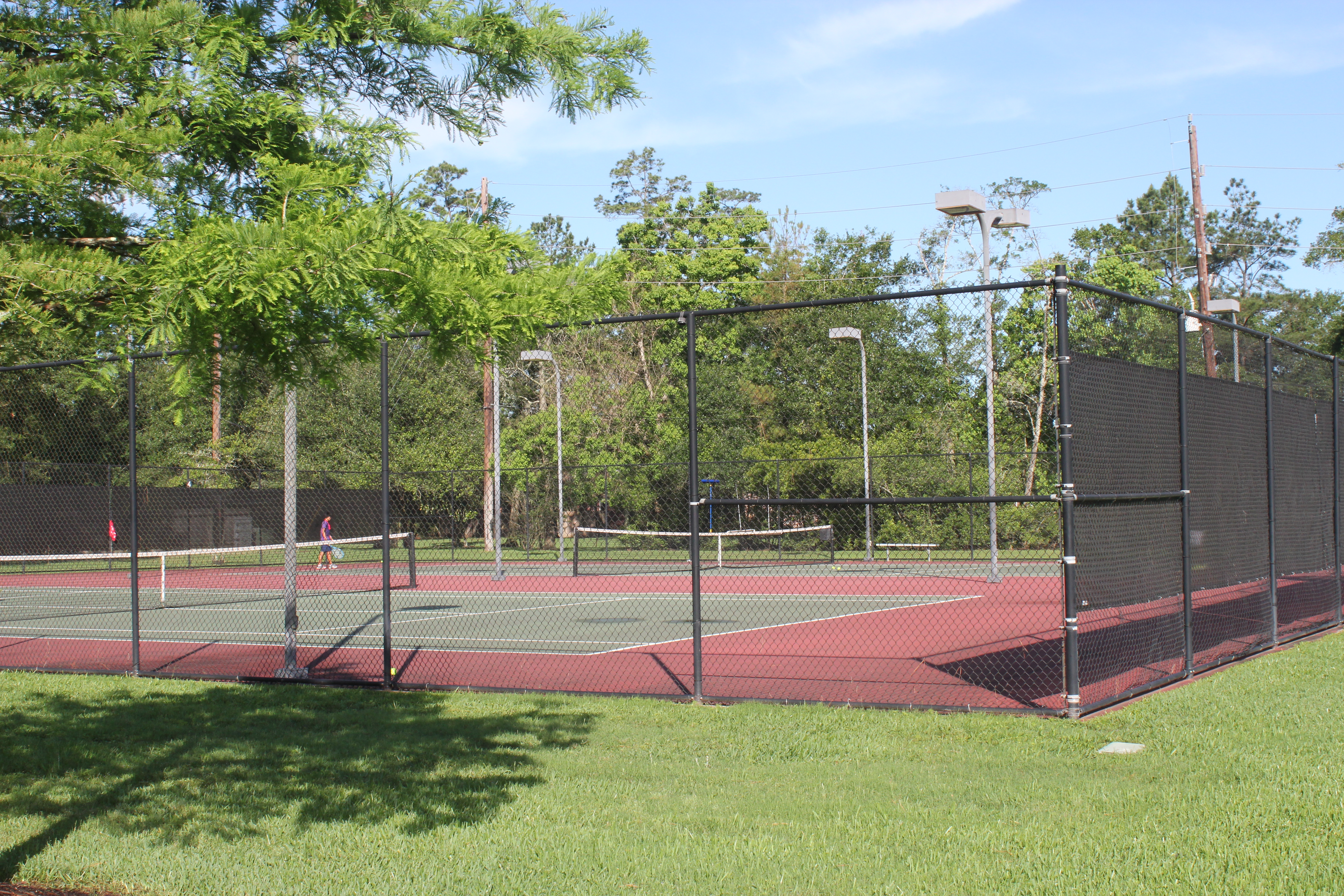 Longwood Trace Tennis Courts  thumbnail