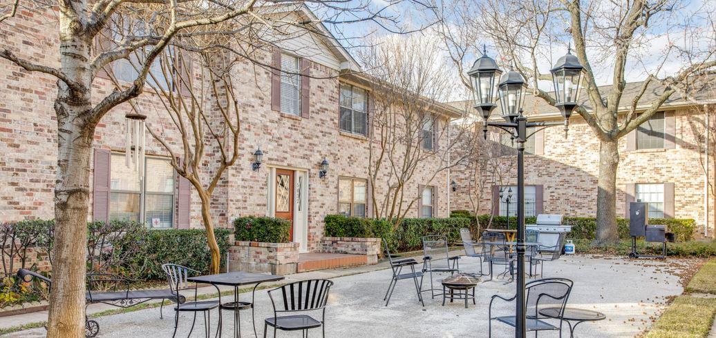 Birchbrook Manor Condominiums (Dallas) cover